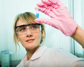 Researcher in modern laboratory — Foto de Stock