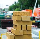 Loja de tijolos prontos para consruction — Fotografia Stock