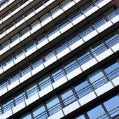 Gebäude mit Balkon — Stockfoto