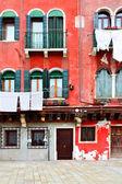 ヴェネツィアの古い家 — ストック写真