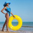Beauty woman on sea beach — Stock Photo