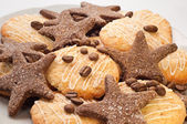 Cookies and coffee beans — Stock Photo