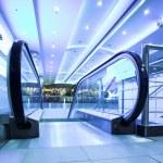 Enter to moving escalator — Stock Photo #1331062