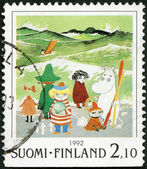 FINLAND - 1992: shows Moomin Cartoon Characters, by Tove Jansson: Characters on beach — Stock Photo