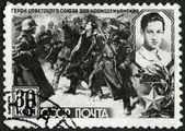 USSR - 1942: shows Nazi Soldiers Leading Zoya Kosmodemjanskaja (1923-1941) to her Death — Stock Photo