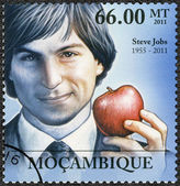 MOZAMBIQUE - 2011: shows portrait of Steve Jobs (1955-2011) — Stock Photo