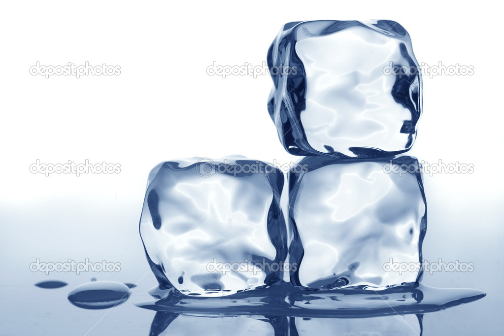 Ice cubes — Stock Photo #12610752