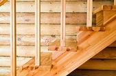 Dřevěné schodiště — Stock fotografie