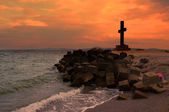Cross at sunset at Pomorie in Bulgaria — Photo