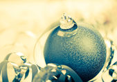 Blue christmas ball — Stockfoto