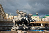 "Fountain ""Four Seasons"" by Zurab Tsereteli — Stock Photo"