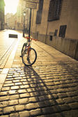 Bicycle near a lamppost in Krakow — Stockfoto
