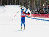 Kaisa makarainen (fin) dokončí v biatlonu — Stock fotografie