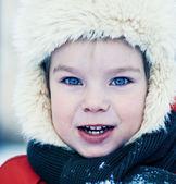 Winter portrait of little boy — Stockfoto