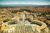 St.Peter Viereck berühmte Ansicht, Vatikan — Stockfoto