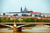 View to Prague castle and bridge — Stock Photo
