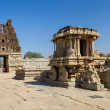 Stone Chariot in the Vittalla temple in Hampi, Karnataka, India — Stock Photo