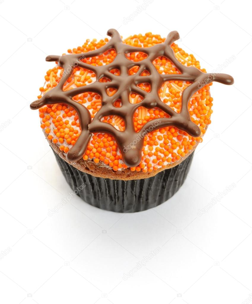 Halloween cupcake with decoration isolated on white — Stock fotografie #12852839