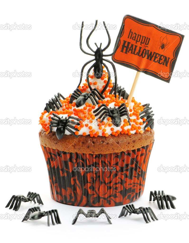 Halloween cupcake with decoration isolated on white — Stock Photo #13448141