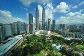City skyline of Kuala Lumpur, Malaysia. Petronas Twin Towers. — Stock Photo