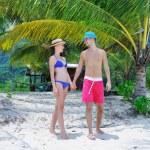Couple on a beach — Stock Photo #22625339