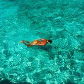 Homem snorkel — Foto Stock