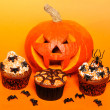 Halloween cupcakes — Stock Photo