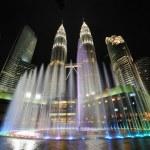 City skyline of Kuala Lumpur, Malaysia. Petronas Twin Towers. — Stock Photo #28121321