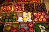 Markt voor fruit — Stockfoto