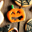Halloween homemade gingerbread cookies — Stock fotografie