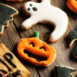 Halloween homemade gingerbread cookies — Stock Photo #33054287