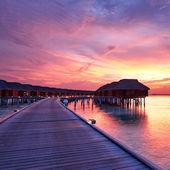 Coucher de soleil à la plage Maldive — Photo