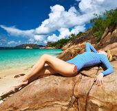 Woman at beautiful beach — Stock Photo