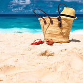 Beautiful beach with bag at Seychelles — Stock Photo