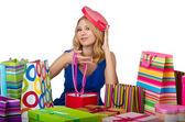 Atraktivní dívka s nákupní tašky — Stock fotografie