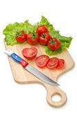 Tomates y pepinos en blanco — Foto de Stock