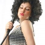 白地にアフロ髪を持つ女性 — ストック写真