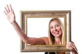 Donna con cornici su bianco — Foto Stock