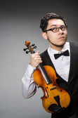 Funny violin player — Stockfoto