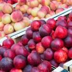 ������, ������: Nectarines and peaches