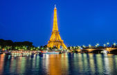 Eiffel Tower in Paris. — Stock Photo