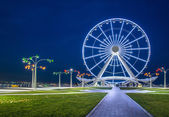 Ferris wheel at sea boulevard — Stock Photo