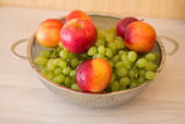 Fruits in the bowl — Foto de Stock
