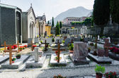 Small cemetery in Italy on summer day — Stock Photo