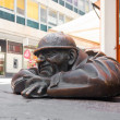 Bronze sculpture called man at work, Bratislava, Slovakia — Stock Photo