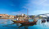 Ancient Boat in Oporto, in which was used to transport the Port — Stock Photo
