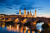 Basilica del Pilar in the evening at sunset. Zaragoza, Spain — Stock Photo