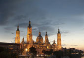 Basilica Del Pilar in Zaragoza , Spain — Photo