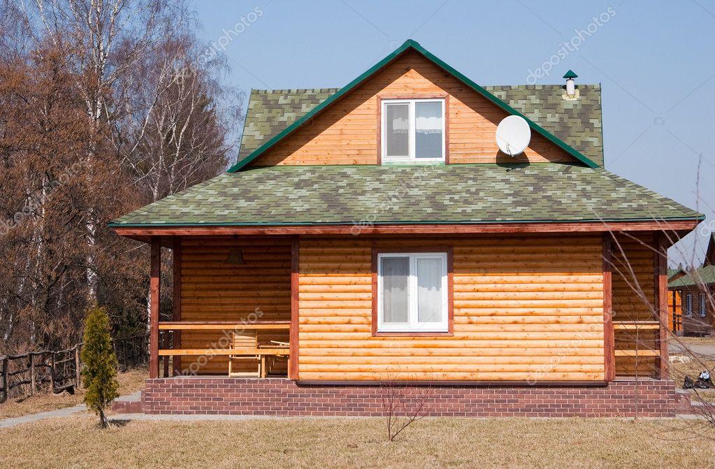 现代的木制小屋.