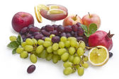 Fresh ripe grape with leaves — Stock Photo